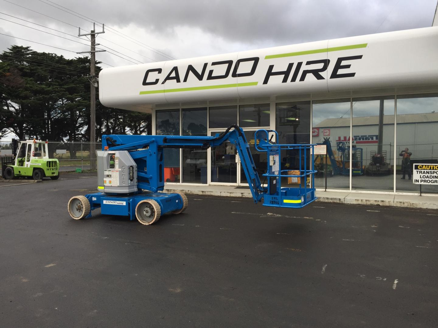 Scissor lift for hire morwell